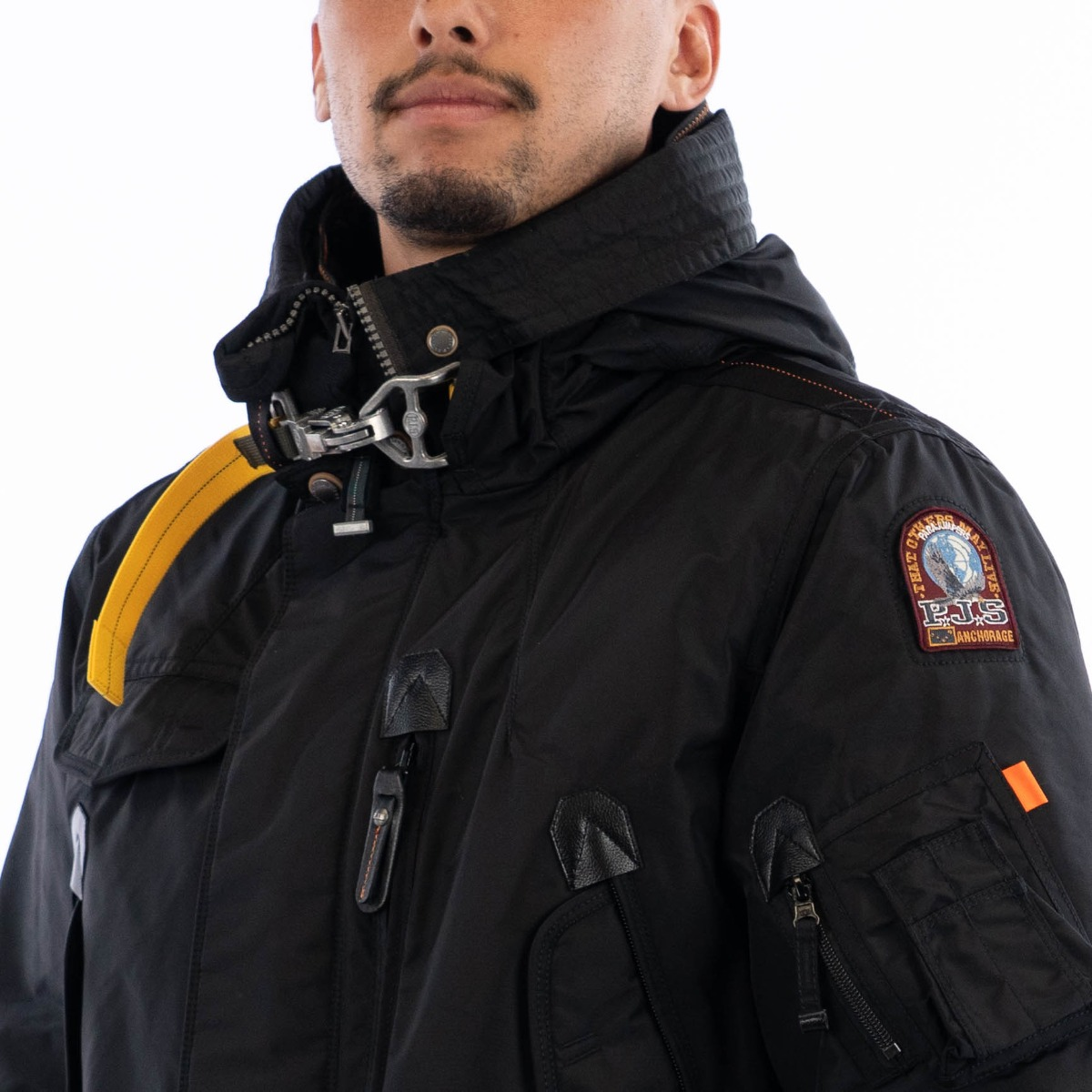 Right Hand Base Parajumpers
